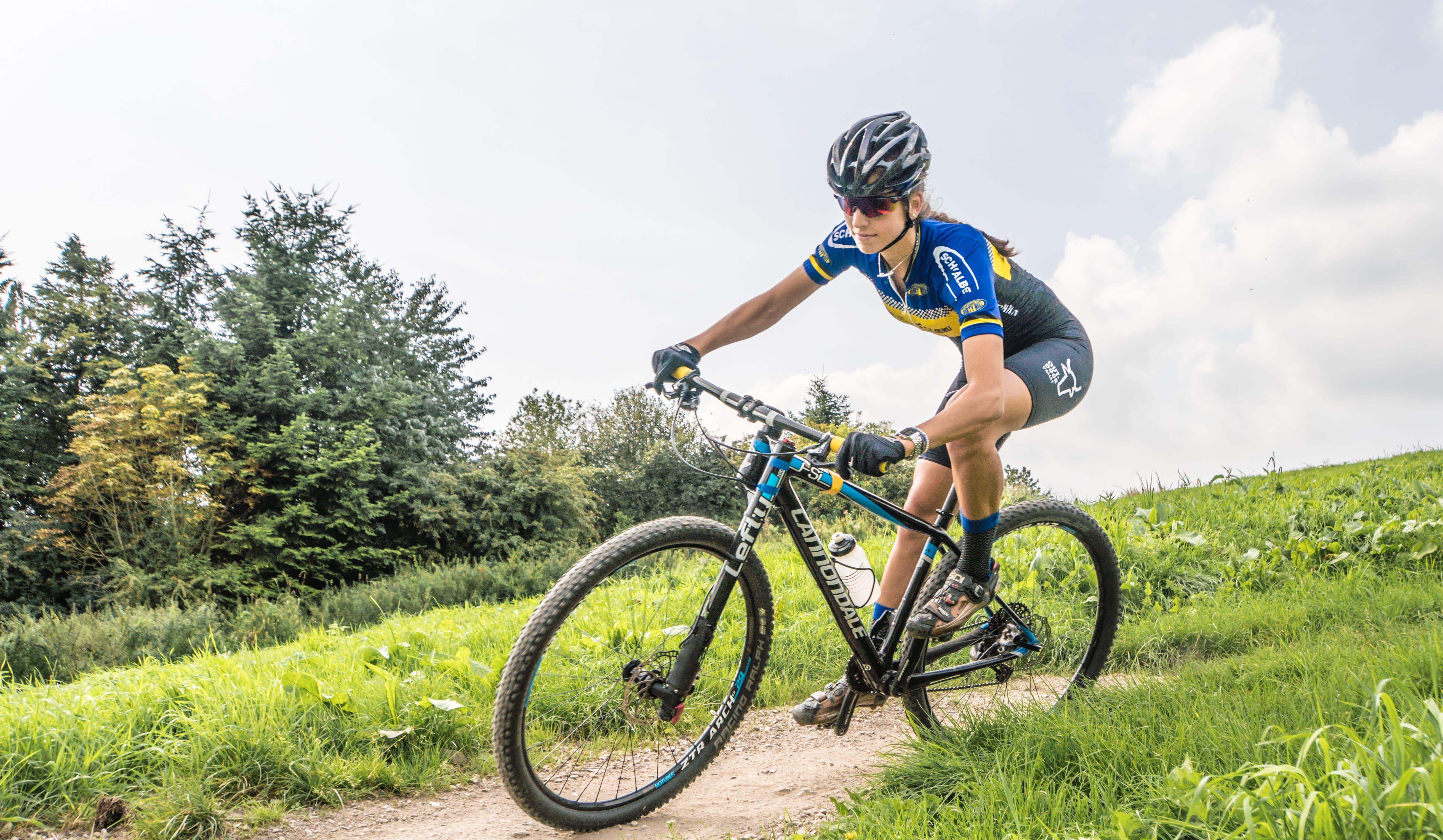 nederlands kampioen mountainbiken traint bij outdoor valley. Black Bedroom Furniture Sets. Home Design Ideas