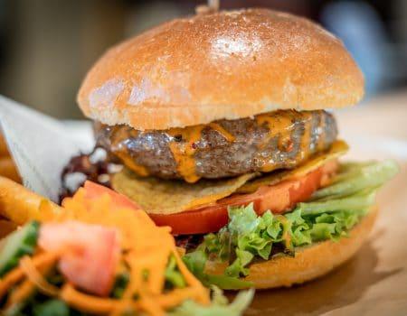 Vaderdag actie: Burger + Kano